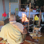 供養の様子(護摩堂)