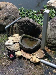 井戸水栓の受け石