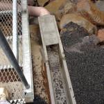 二重橋の下の樋