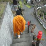 護摩堂への移動