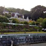 初秋に彩られる仏像群